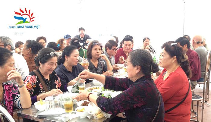 Đoàn khách hưu trí bộ công an Quận Đống Đa, Hà Nội 6