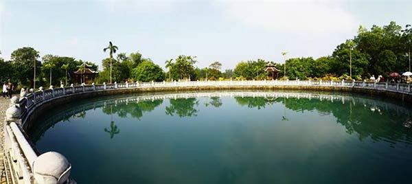 Giếng Ngọc lớn nhất Việt Nam