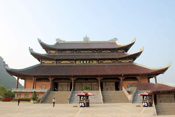 Tam Quan chùa Bái Đính