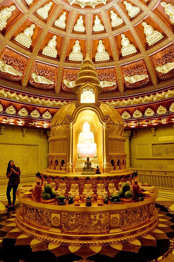 Tầng trên cùng của Bảo Tháp nơi cất Phật xá lợi